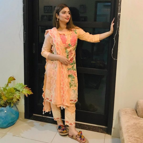 Actor Faisal Qureshi daughter Hanish Qureshi