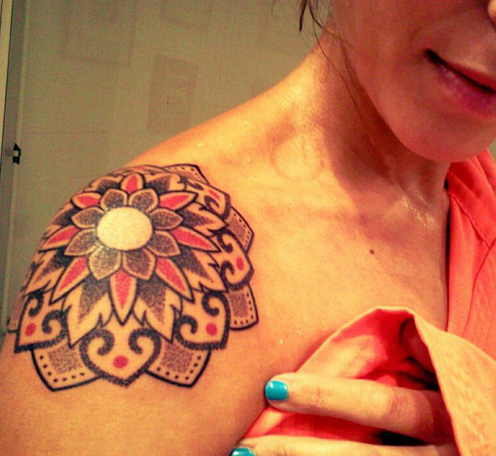 Tatueringar: 25 Lotus Flower Tattoo Designs