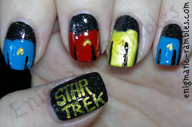 star-trek-nails-nail-art-freehand