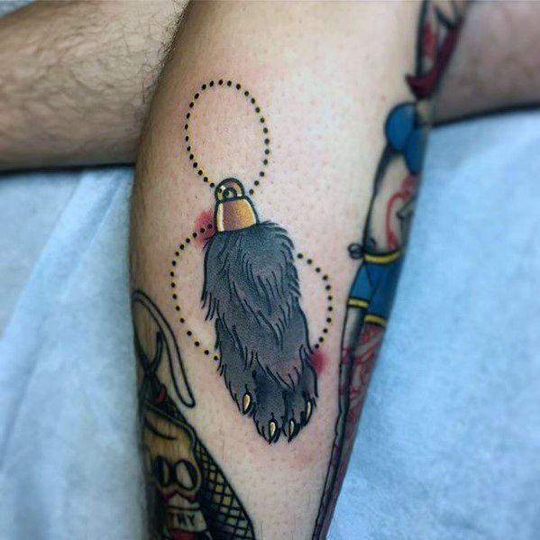 Imagen e tatuaje de pata de conejo de la suerte