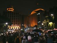Berkah ! Suasana Aksi 112 Saat Hujan Mengguyur Istiqlal