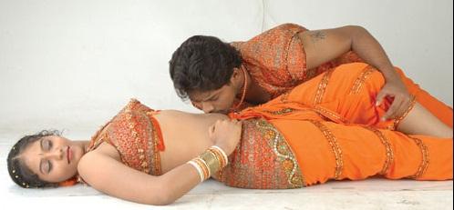 Hot Aunties Tamil Telugu Super Actress Anjali Hot Navel Kiss