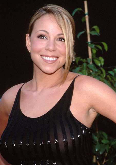 Naked Mariah Carey Seeing Her Naked Pictures