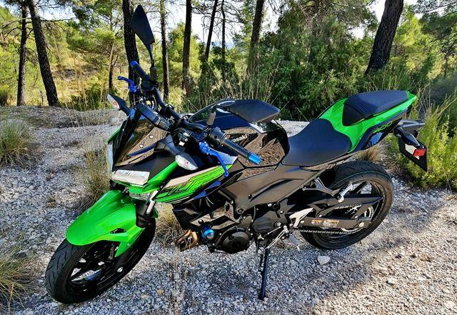Kawasaki-z400