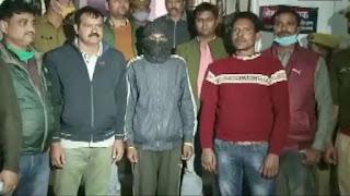 two-arrest-in-unnav-case