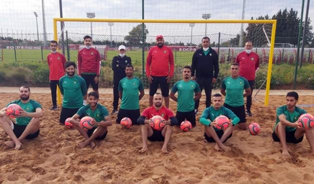 فريق المنتخب الوطني لكرة القدم الشاطئية استعدادا لمعسكر المعمورة من 22 إلى 29 نوفمبر