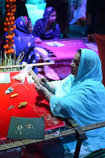 saree making