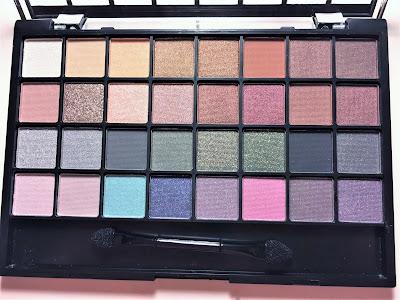 e.l.f. 32 Piece Eyeshadow Palette