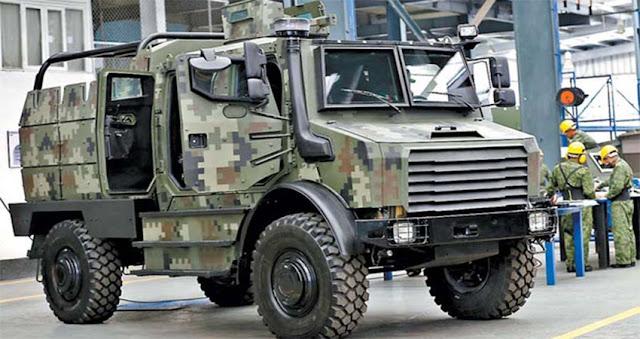 """Ejército de México diseña y fabrica vehículos militares """"Tumba narcos"""" capaces de soportar el fuego del temible Barret calibre .50"""