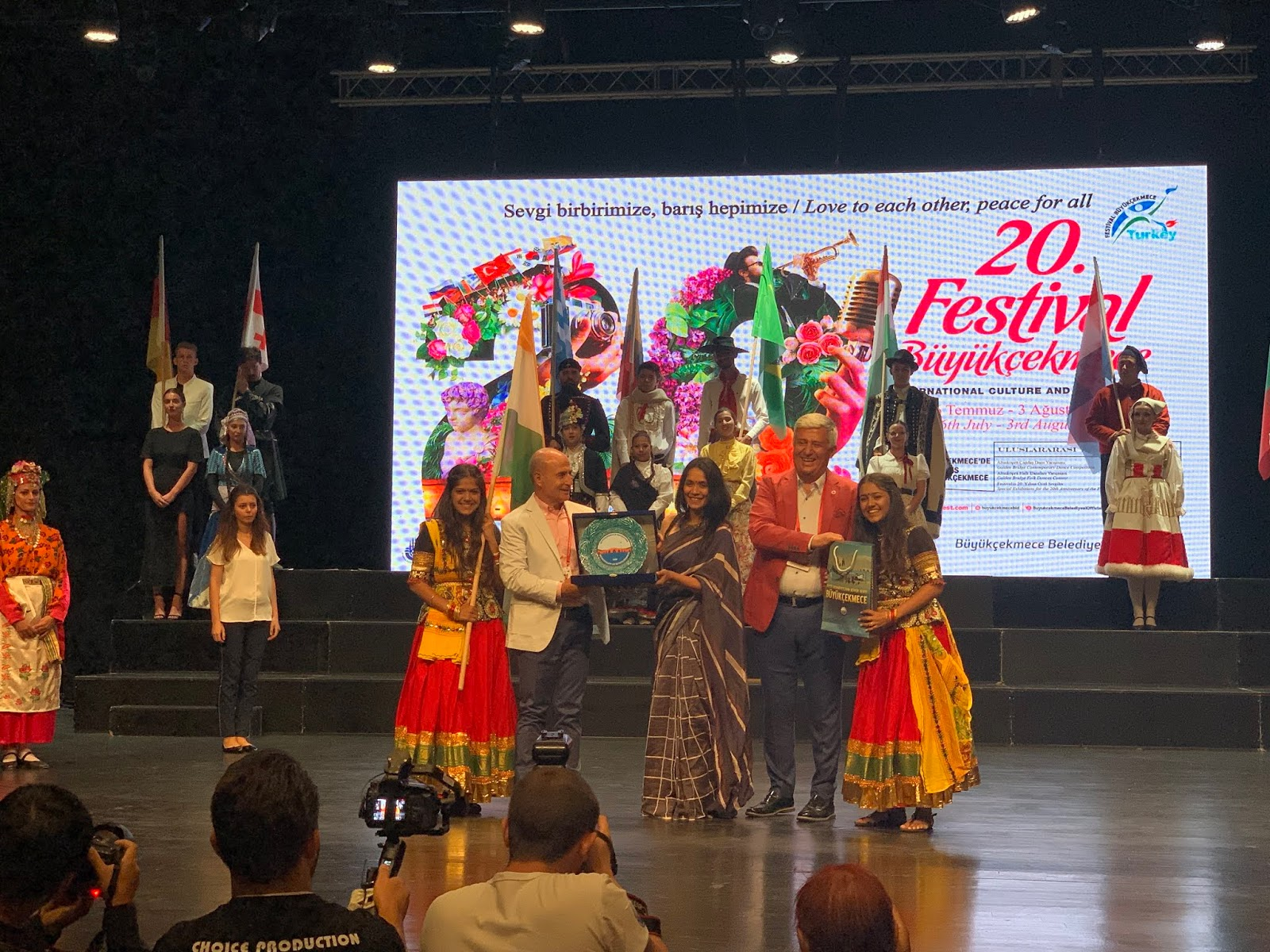 Vaishali Sagar Makes India Proud Wins Dance Competition In Istanbul