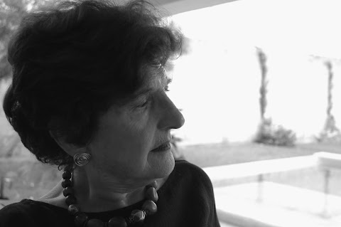 MISCELÁNEA Las nueve décadas de Margo Glantz | Julián Crenier