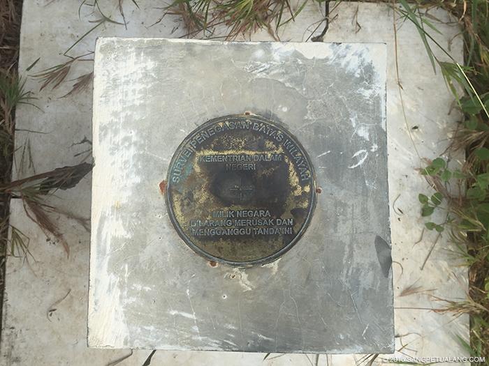 Tanda Perbatasan di Bukit Cumbri