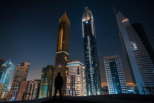 فنادق دبي - 5 أماكن بأسعار معقولة للإقامة