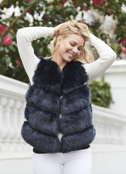 Faye Faux Fur Gilet In Navy