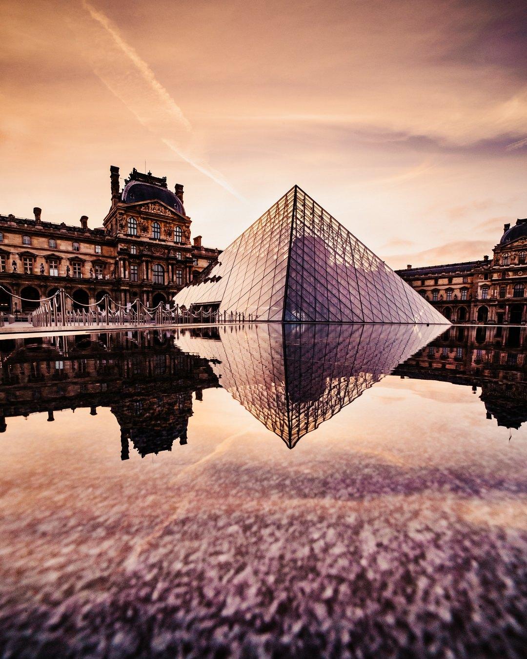 pariz-francuska-muzej-louvre-umjetnost-umjetnička-djela