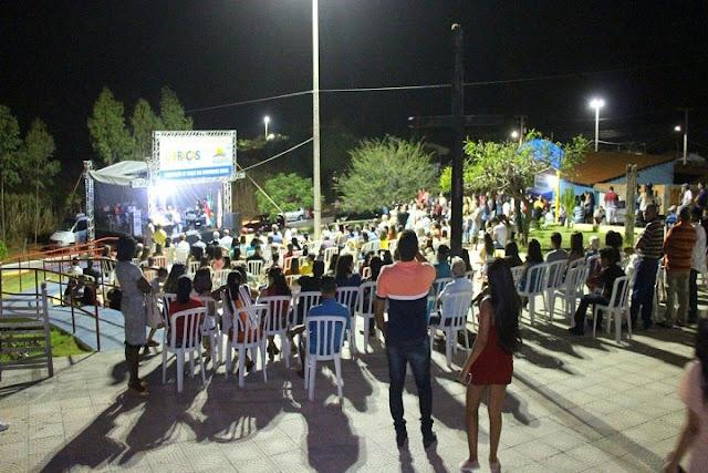 Prefeitura de São Desidério entrega duas praças no povoado de Morrão