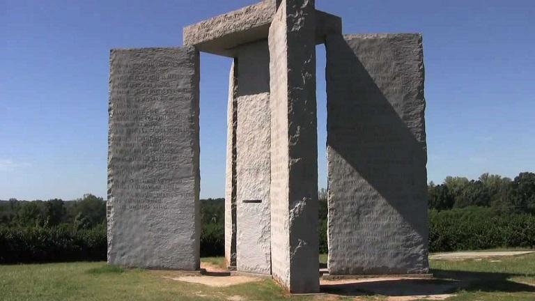Misteri Georgia Guidestone, Monumen Petunjuk Hari Kiamat