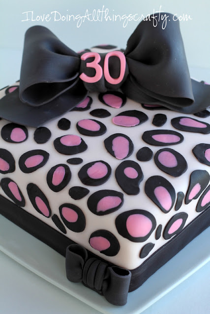 Pink Leopard Print Birthday Cake | DIY Cake