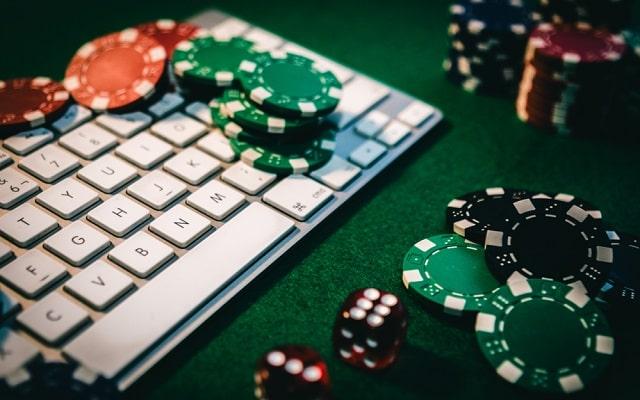 poker online smartest gambling game internet casino gaming bet big