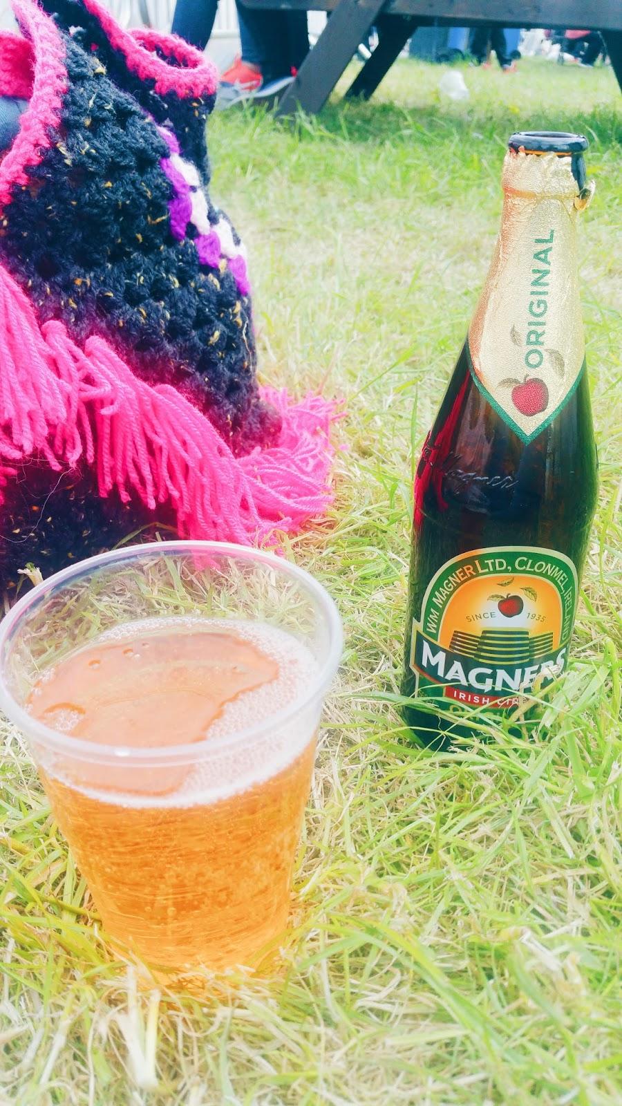 magners cider wheatsheaf pub crick boat show