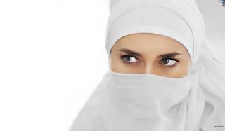Cadar, wanita bercadar, budaya bercadar, cadar di Indonesia, hukum bercadar, bagaimana seharusnya bercadar, cara menggunakan cadar,