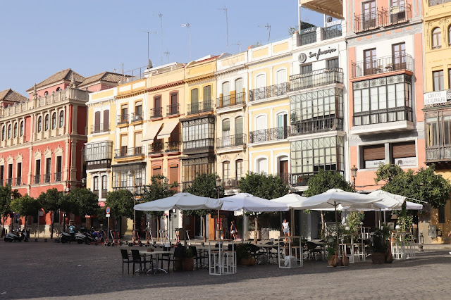 Travel Guide to Seville