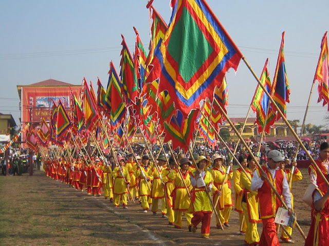 Attractive traditional festivals in lunar January in Vietnam 4