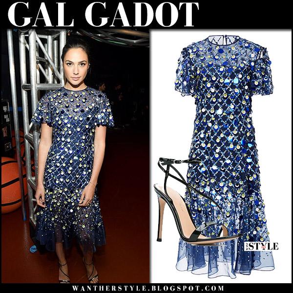 Gal Gadot in blue embellished short sleeve midi dress prabal gurung celebrities at vma 2017
