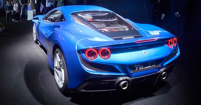 フェラーリ F8トリブート 日本発売