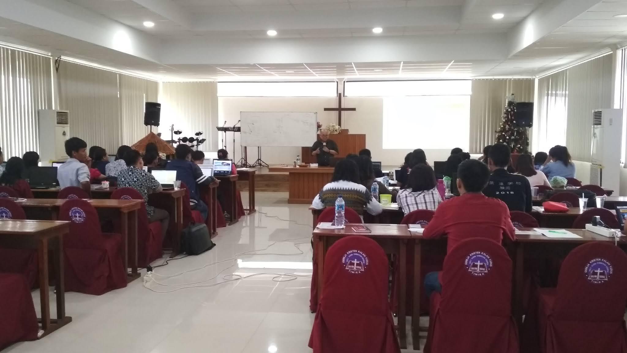 Seminar dan Pelatihan K13