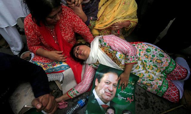 Pakistan's Court Sets a Dangerous Precedent - via NYT