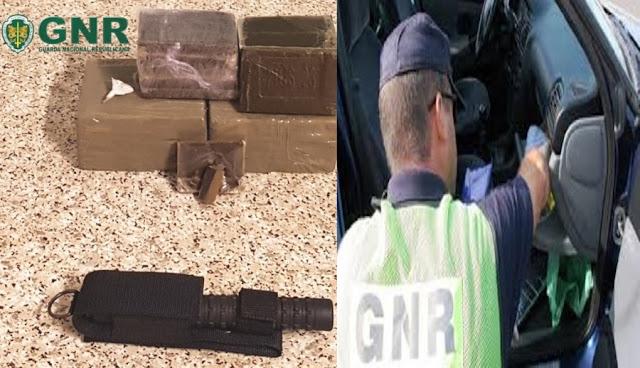 """""""Rebocador"""" da Polícia Municipal apanhado com 6 mil doses de haxe no carro particular"""