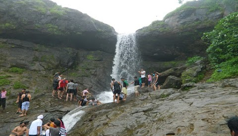 Khandala and Lonavala are situated in beautiful valleys