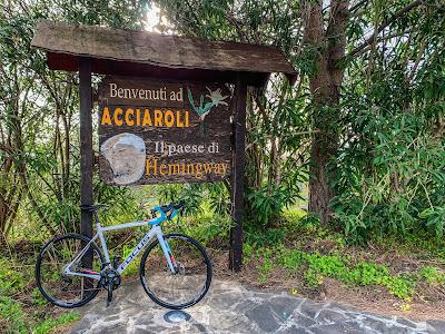 cycling cilento carbon road bike rental in santa maria castellabate paestum agnone acciaroli tours excursions capri punta licosa bicycle shop rent hire