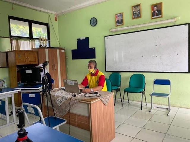 Pemanfaatan Media Digital dalam Kegiatan Belajar dari Rumah sebagai Salah Satu Langkah Mendukung Konsep Smart City Kota Bekasi