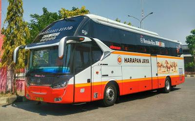 Foto Bus Harapan Jaya H583