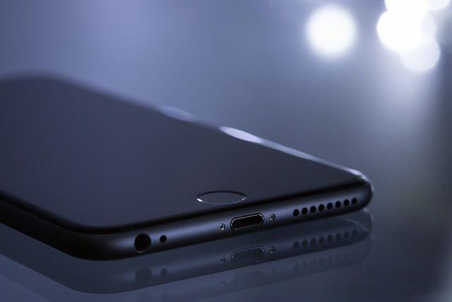 Вчені винайшли абсолютно новий матеріал для складання смартфонів
