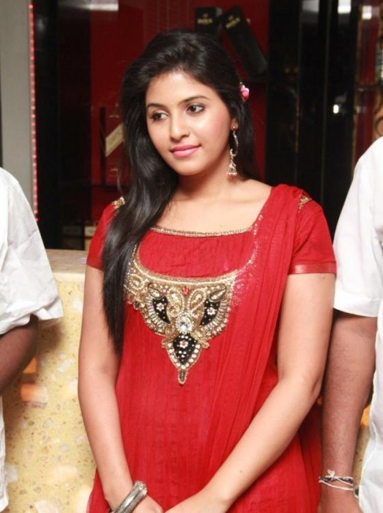 Cute anjali in red salwar suit