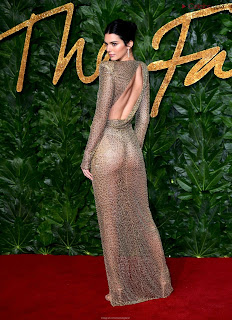 Kendall Jenner Slim  Goes  At British Fashin Show 2018 WOW     small  slim figure CEleBrity.co Exclusive 017