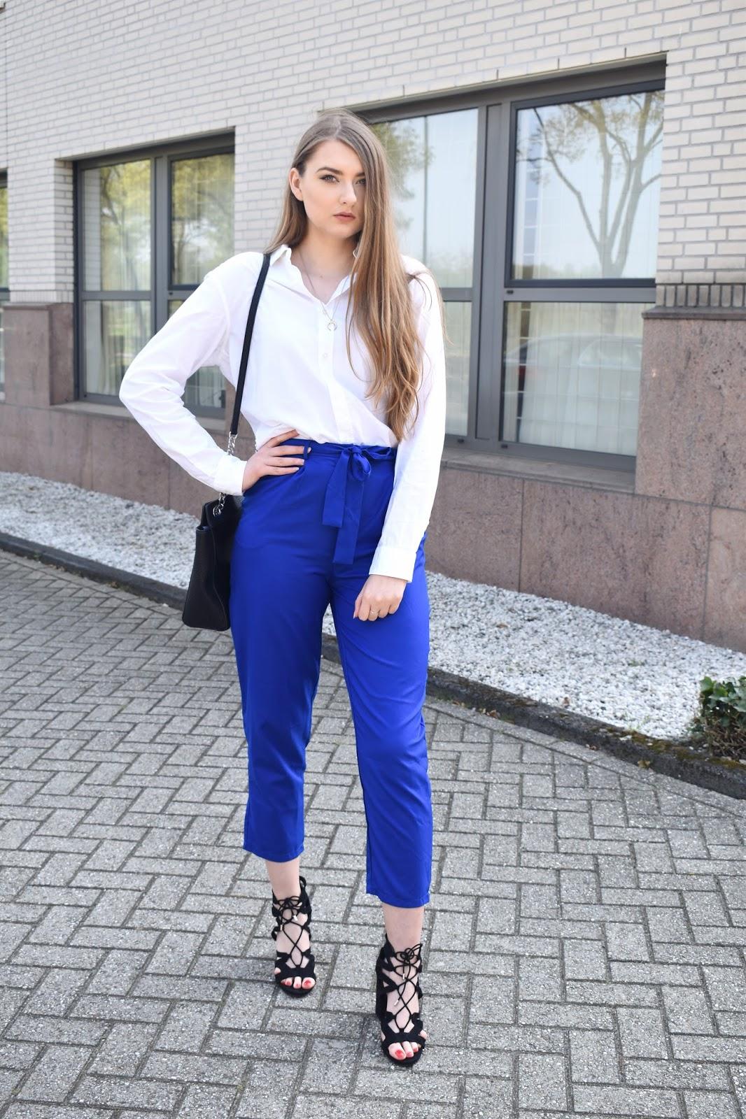 Kobaltowe spodnie