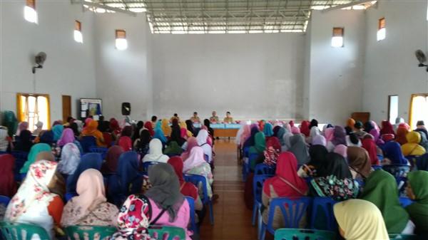 para pkh desa caturharjo peserta sosialisasi bantuan sosial