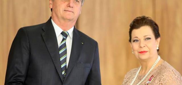 Bolsonaro recibe credenciales de embajadora designada por Juan Guaidó
