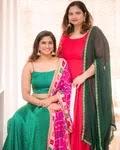 shivani narayanan with her mother