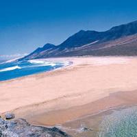 Dove trasferirsi per vivere meglio 10 mete estere - Canarie a dicembre si fa il bagno ...