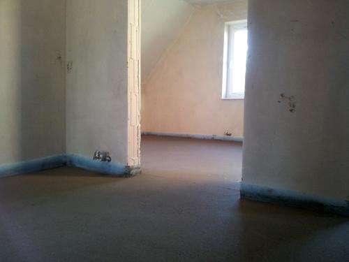 ein haus f r uns einrichtungs garten und baublog estrich im obergeschoss ist fertig. Black Bedroom Furniture Sets. Home Design Ideas