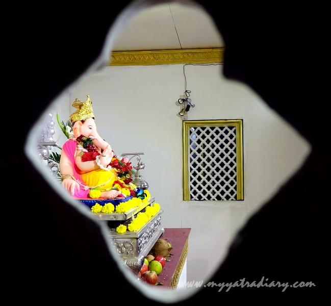 Mumbai's first Sarvajanik Ganeshotsav Mandal -  Keshavji Naik Chawl Ganpati in Girgaon, Mumbai.