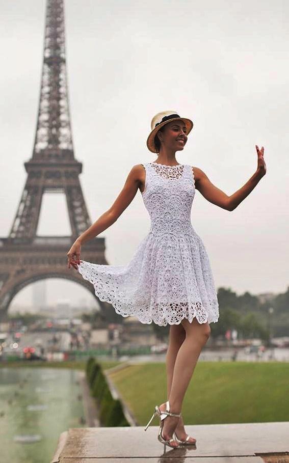 sukienka szydełkiem ze wzorem
