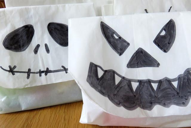 Monstertüten zu Halloween