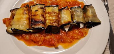 Involtini di melanzane (Rollitos de berenjena)