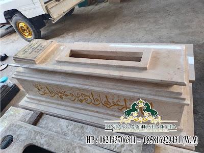 Makam Marmer Mewah Tulungagung, Desain Makam Custom Marmer, Makam Marmer Terbaik Tulungagung